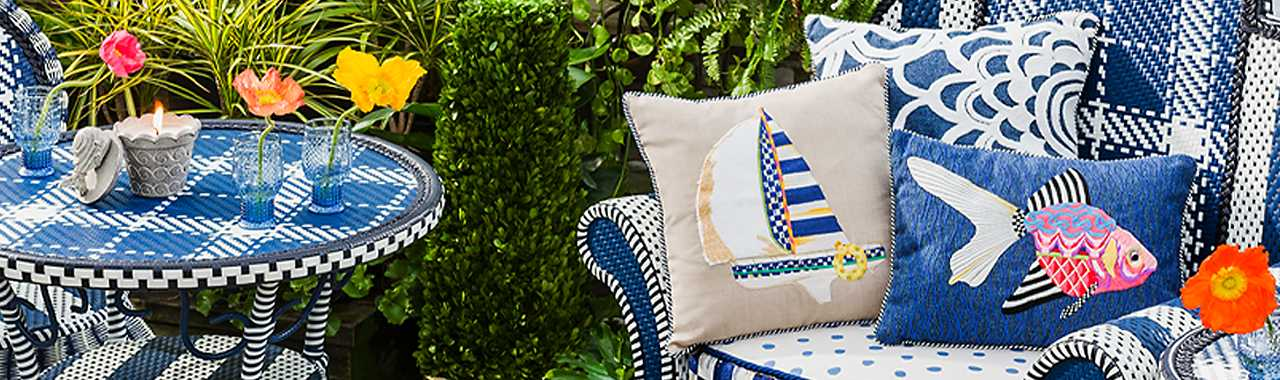 Geo Flower Outdoor Accent Pillow - Navy Banner Image