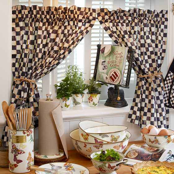 MacKenzie-Childs | Courtly Check Cafe Curtains - Set of 2