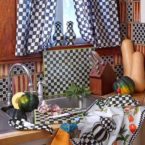 Courtly Check Cafe Curtains - Set of 2 image three
