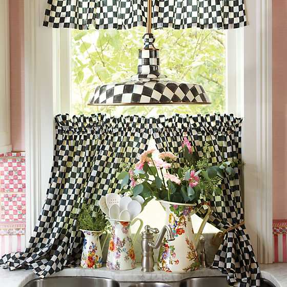 Courtly Check Cafe Curtains - Set of 2 image six