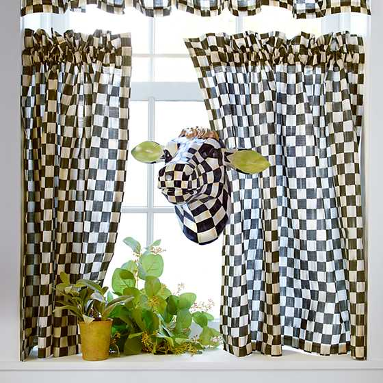 Courtly Check Cafe Curtains - Set of 2 image nine