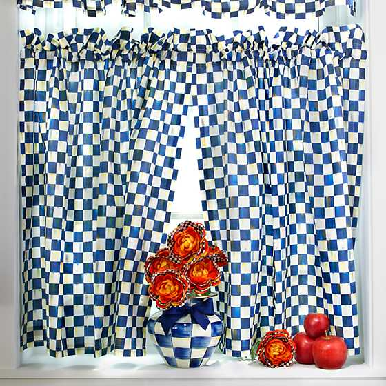 Royal Check Cafe Curtains - Set of 2 image three