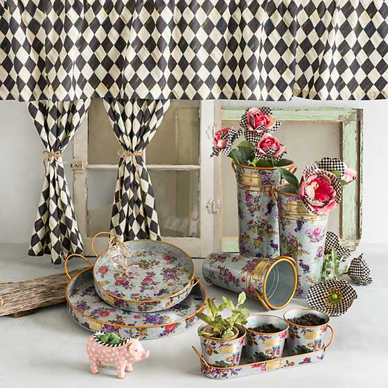 Courtly Harlequin Cafe Curtains - Set of 2 image five