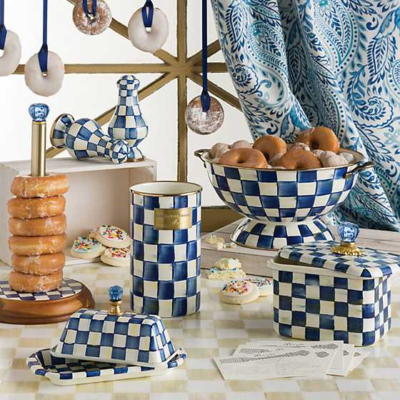 Royal Check Paper Towel Holder image two