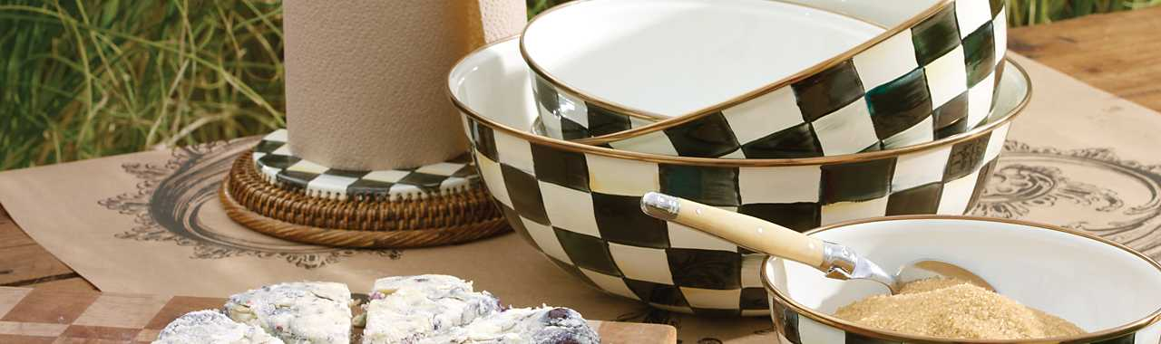 Courtly Check Enamel Everyday Bowl - Extra Large Banner Image