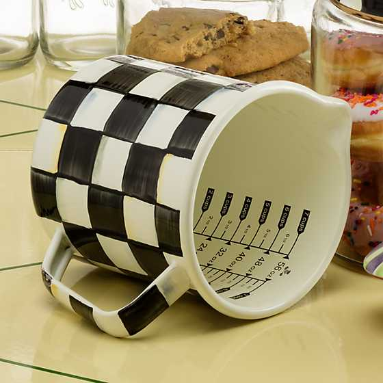 Courtly Check Enamel 7 Cup Measuring Cup image four