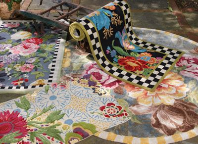 Courtly Floret Rug - 5' x 8' Set Image 0