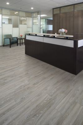 Luxury Vinyl Flooring Edgeland Clean Mohawk Group