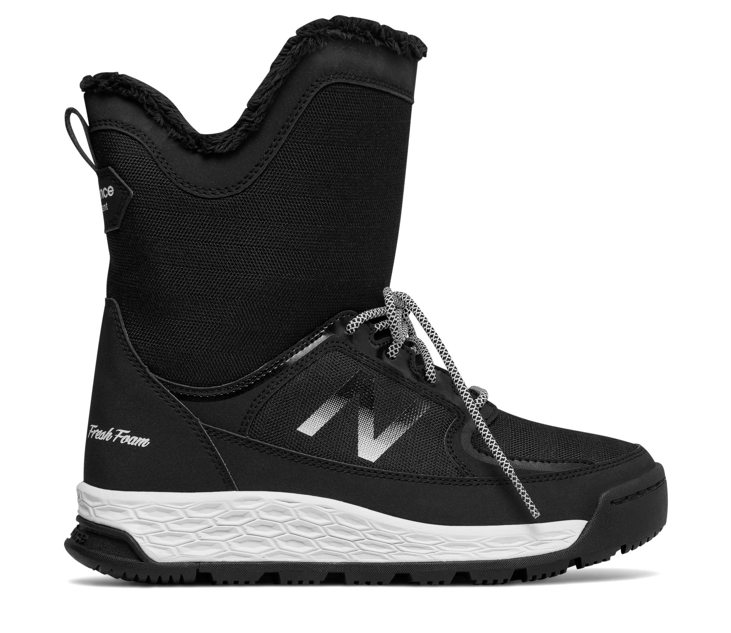 *Markdown*  Women's Fresh Foam 2100 Boot