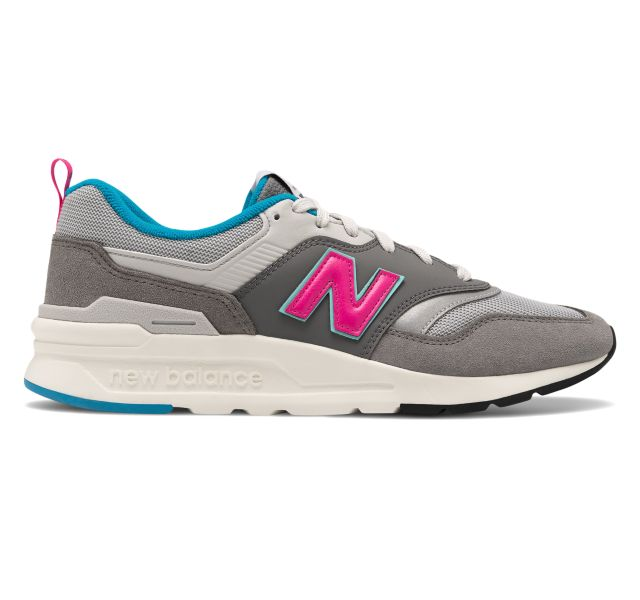 New Balance Men's 997 Sneaker