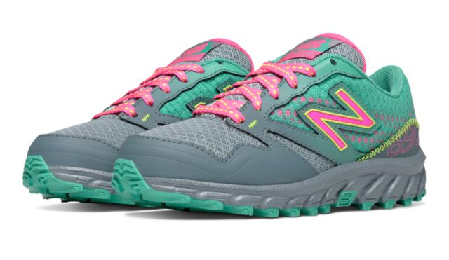 Kid's New Balance 690 Trail