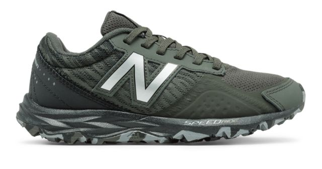 Kid's New Balance 690v2 Trail