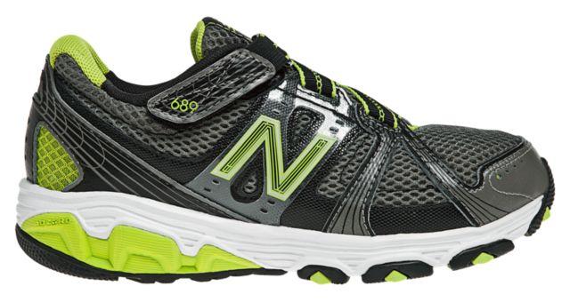 New Balance 689
