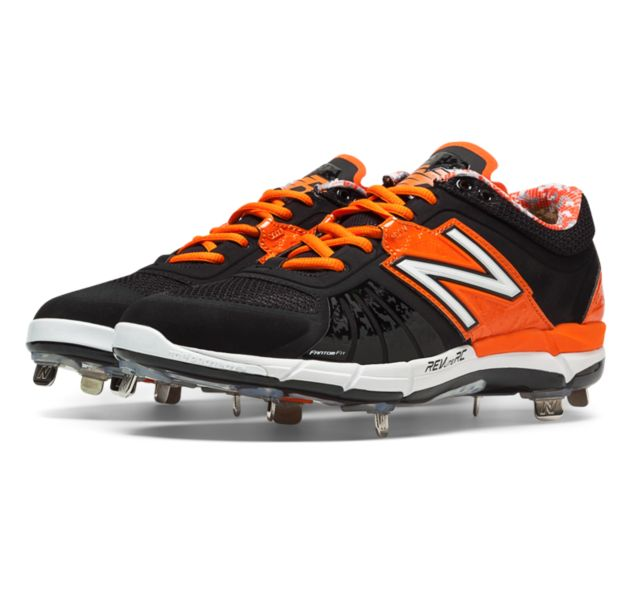 Low-Cut 3000v2 Metal Baseball Cleat