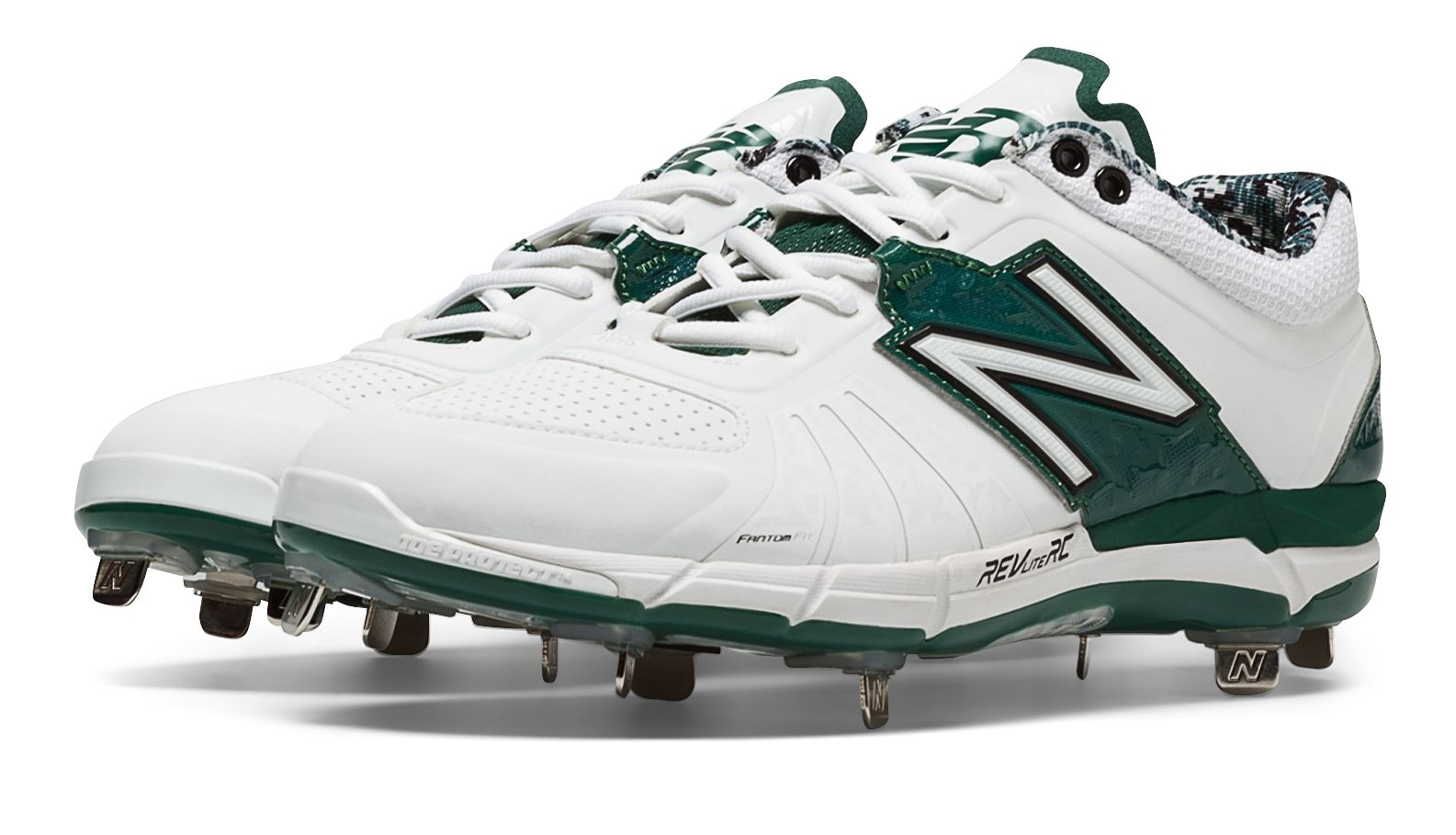 New Balance Men s Low-Cut 3000v2 Metal Cleat Shoes White with Green ... 23bd43ad0c90