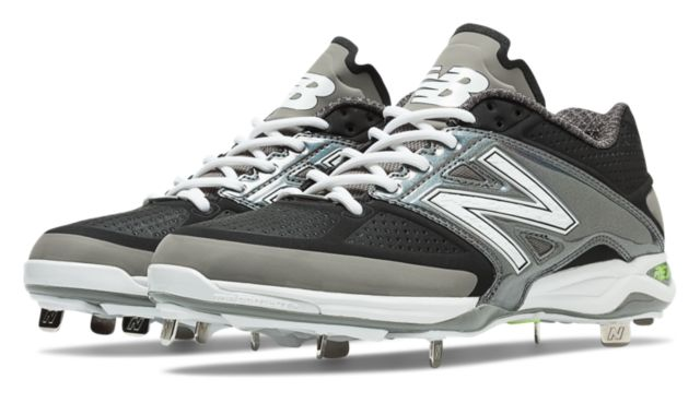 Men's Phiten Limited Edition 4040v2 Metal Cleat