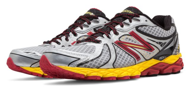 Mens Running 870v3