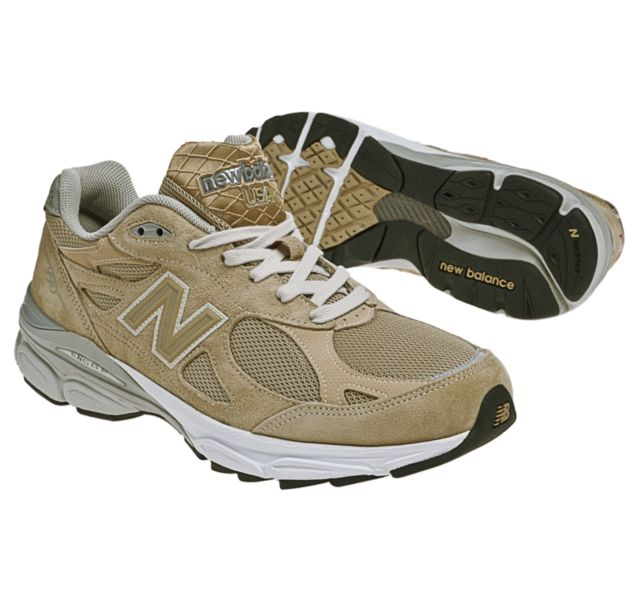 official photos 4a570 1158b Mens New Balance 990v3