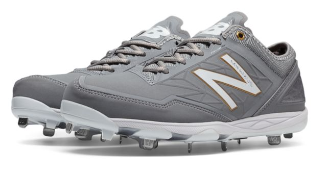 Low-Cut Minimus Metal Cleat