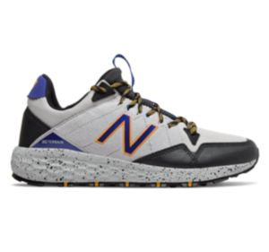 finest selection 46f11 f46b9 Discount Men's New Balance Shoes | Multiple Styles, Sizes ...