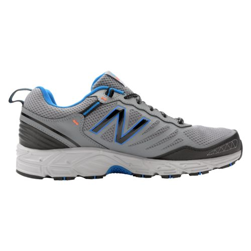 With shoes, apparel, accessories and sporting equipment for men, women and children, you can't go wrong with Joe's New Balance Outlet. The site features all of today's new styles in a variety of sizes () and widths (AA-6E).