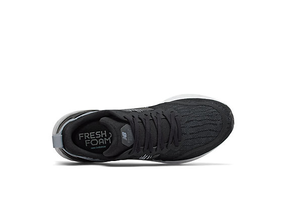 Men's Fresh Foam Tempo, Black with Lead