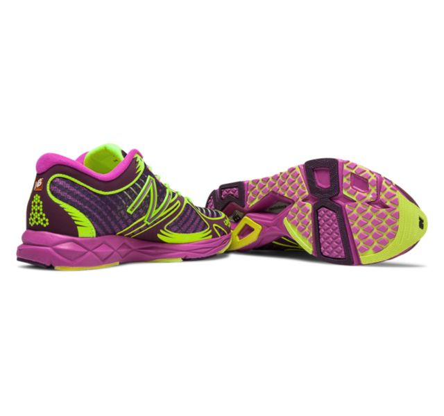 Womens Limited Edition NB Glow 1400