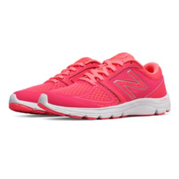 New Balance 575 Womens Walking Shoes