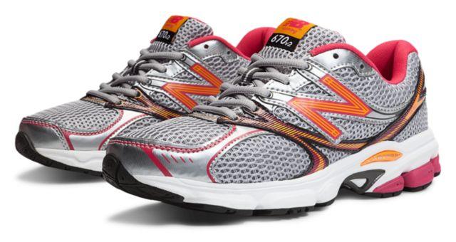 Womens Running 670v2