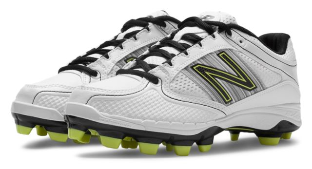 Womens Softball Cleat 7534