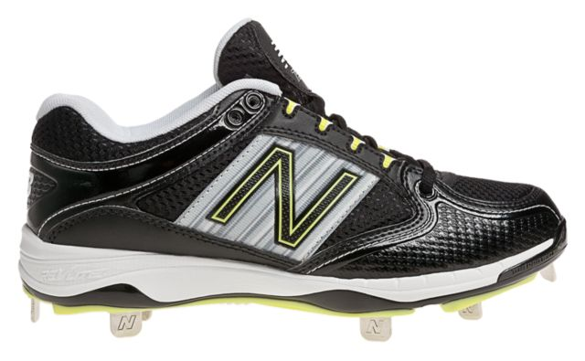 Womens Softball Low-Cut 7535 Cleats