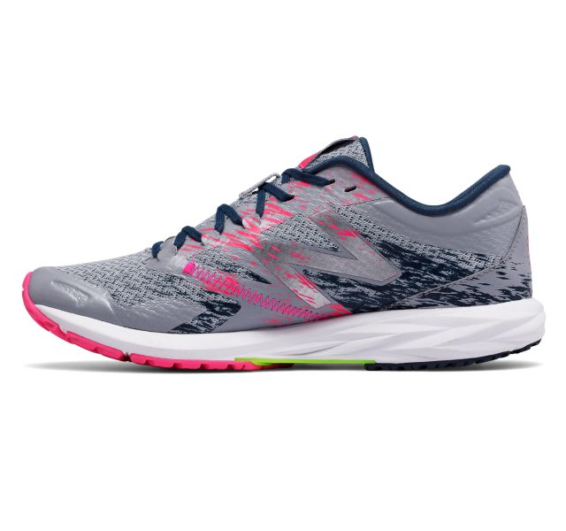 New Balance WSTRO on Sale - Discounts Up to 43% Off on WSTROLS1 at ...