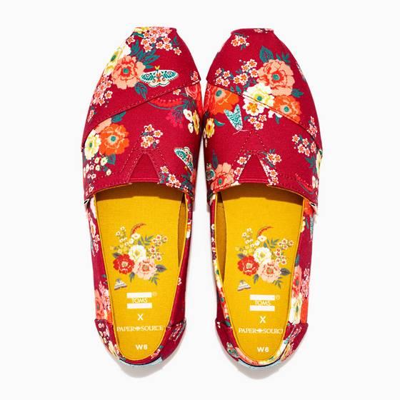 TOMS women's rose bud espadrilles shoes.