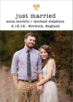 Amour Photo Wedding Announcement