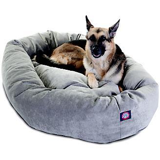 Majestic Pet Vintage Villa Bagel Pet Bed