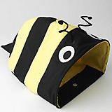 Petrageous Bumble Bee Cat Cave