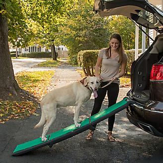 Pet Gear Tri Fold Travel Lite Ramp w/Supertrax