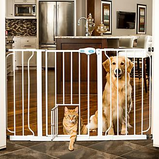 Carlson Pet White Extra Wide Gate w/Pet Door