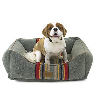 Pendleton Heather Green Kuddler Pet Bed