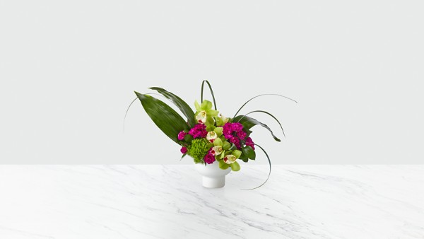 Pure Beauty™ Bouquet - Thumbnail 1 Of 4