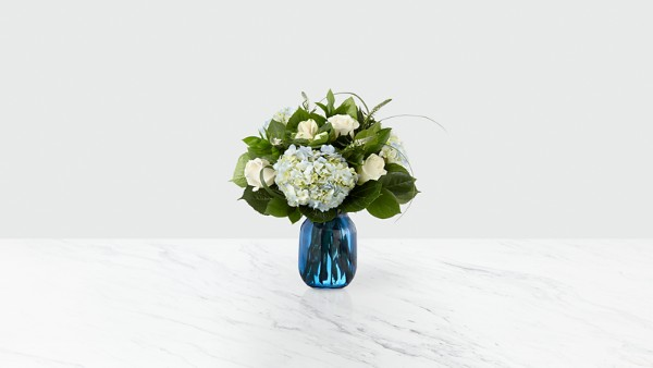 Crowned™ Bouquet - Image 1 Of 2