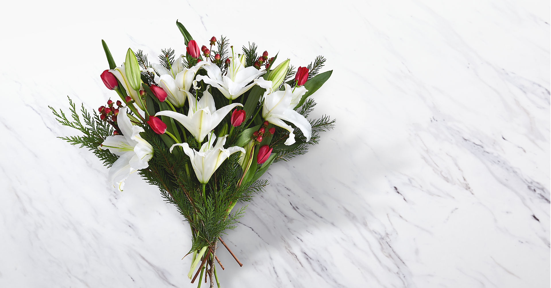 Christmas Bouquet - Image 1 Of 2
