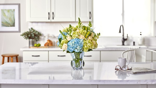 Superior Sights™ Luxury Bouquet - Blue & White - Image 4 Of 4