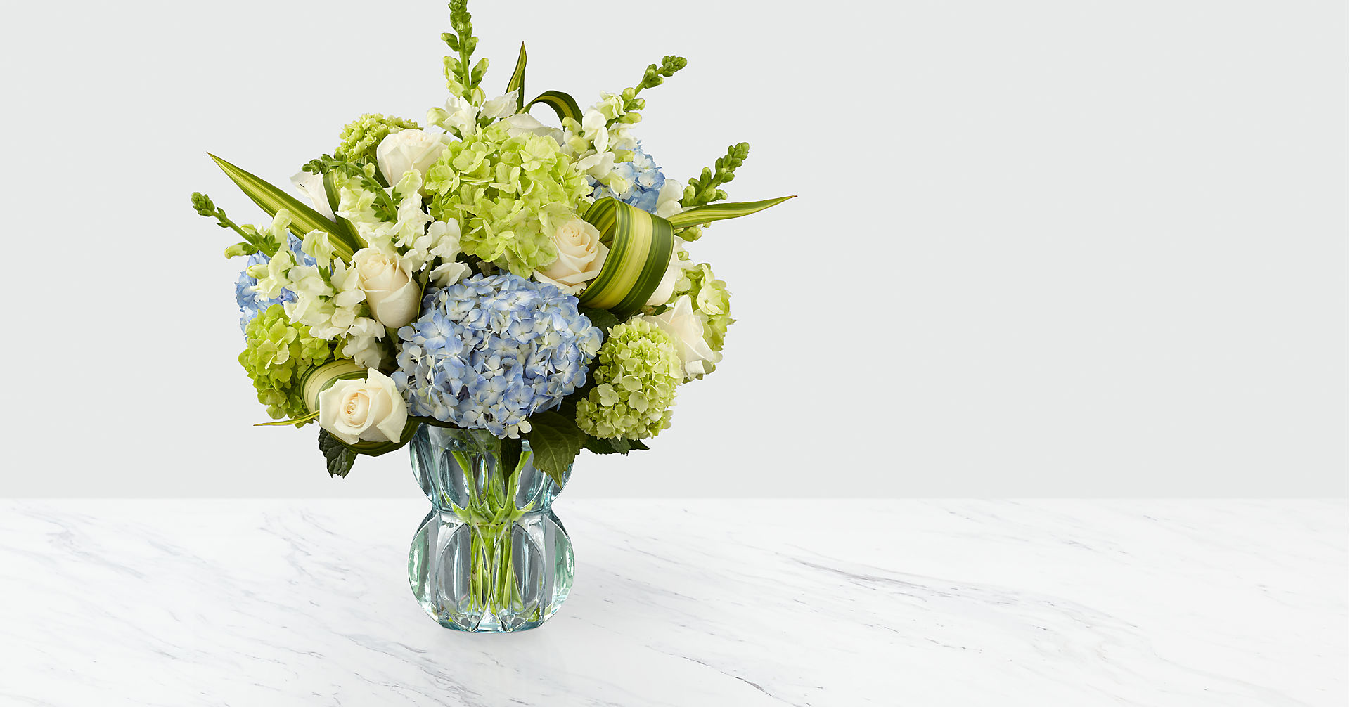 Superior Sights™ Luxury Bouquet - Blue & White - Image 1 Of 5