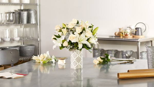 Pure Opulence™ Luxury Bouquet - Image 4 Of 5