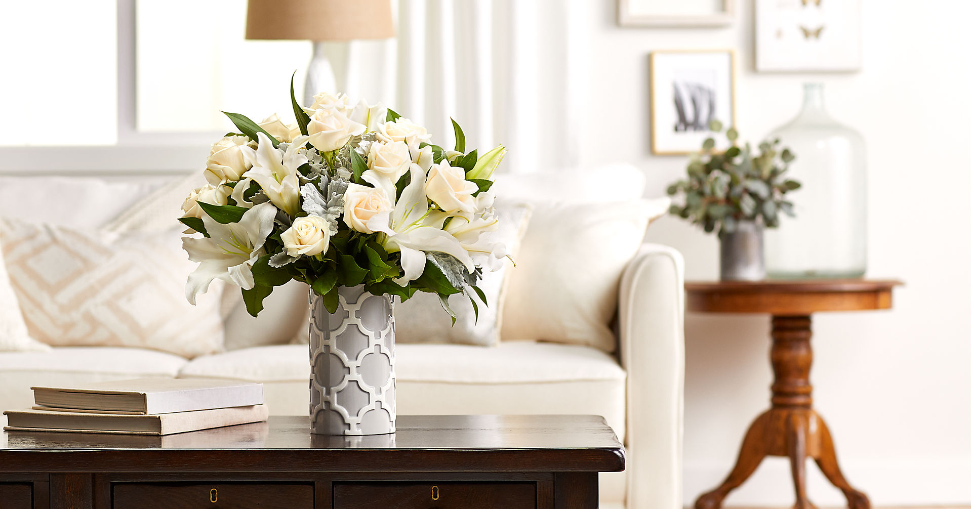 Pure Opulence™ Luxury Bouquet - Image 5 Of 5
