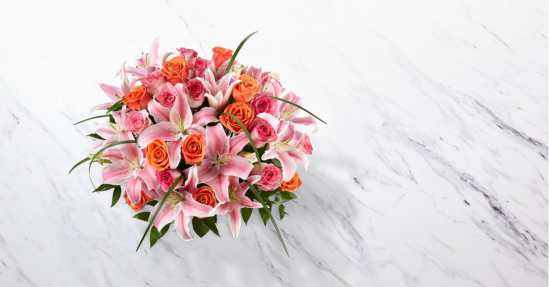 Sweetly Stunning™ Luxury Bouquet - Image 2 Of 3