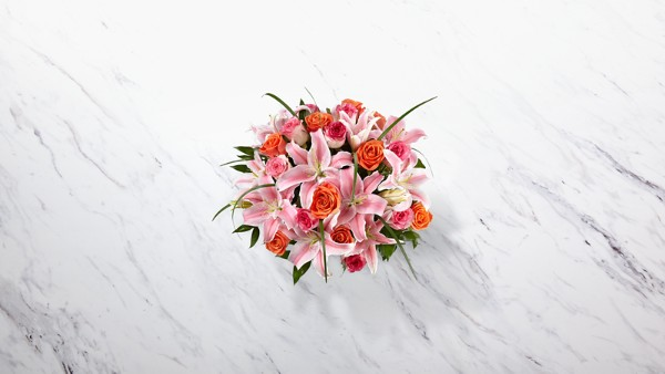 Sweetly Stunning™ Luxury Bouquet - VASE INCLUDED - Image 2 Of 2