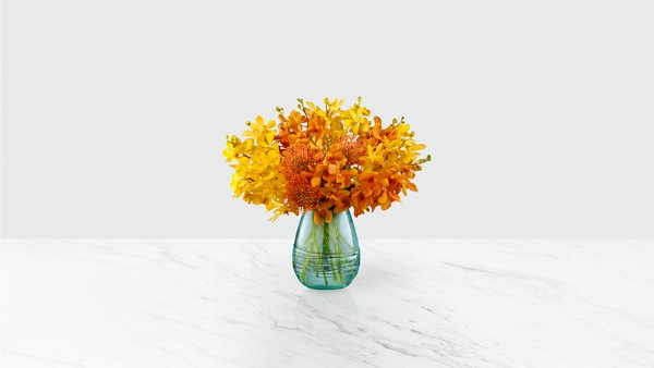 Desert Skies™ Luxury Bouquet - VASE INCLUDED - Image 1 Of 2