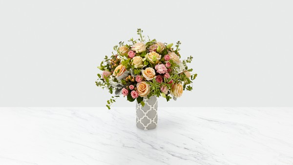 Ballad™ Luxury Bouquet - Thumbnail 1 Of 2